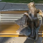 «Йошкин кот» – памятник является одним из символов города Йошкар-Олы. Около него можно загадать желание.