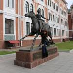 Надежда Баранова: «Рядом с памятником императрице Елизавете Петровне».